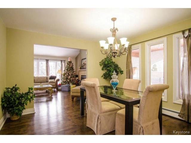 Photo 5: 103 Shier Drive in WINNIPEG: Charleswood Residential for sale (South Winnipeg)  : MLS(r) # 1326228