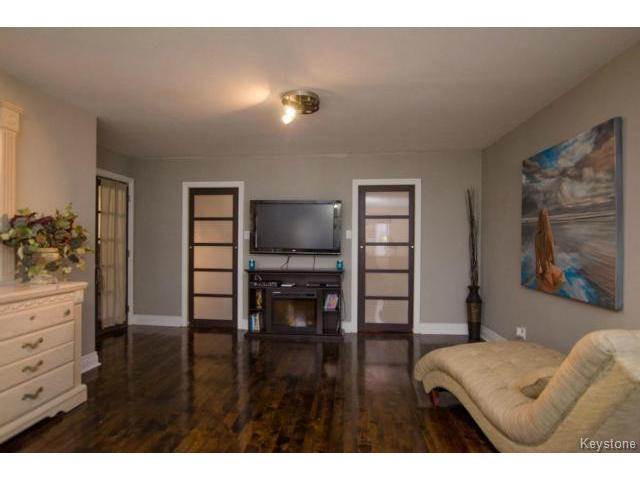 Photo 13: 103 Shier Drive in WINNIPEG: Charleswood Residential for sale (South Winnipeg)  : MLS(r) # 1326228