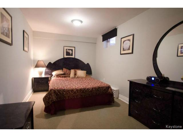 Photo 18: 103 Shier Drive in WINNIPEG: Charleswood Residential for sale (South Winnipeg)  : MLS(r) # 1326228