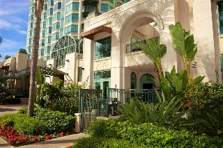 Main Photo: SAN DIEGO Condo for sale : 3 bedrooms : 2500 6th Avenue #105