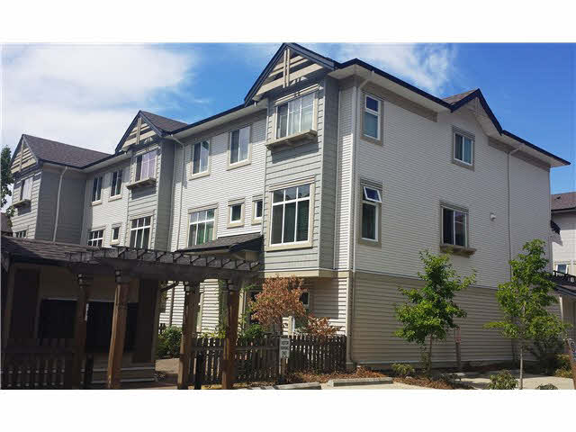 "Main Photo: 30 8418 163 Street in Surrey: Fleetwood Tynehead Townhouse for sale in ""MAPLE ON 84"" : MLS®# F1447562"