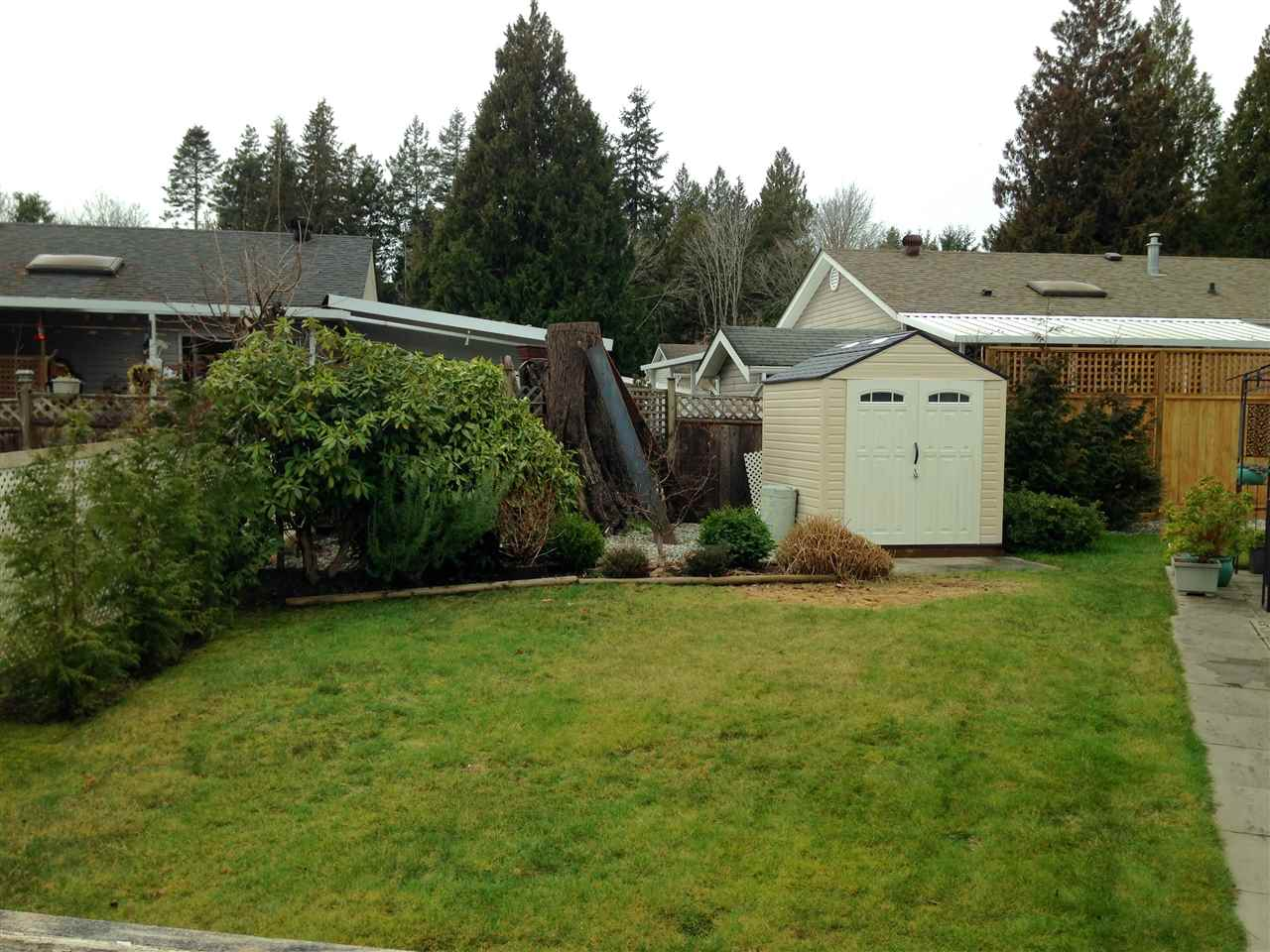 Photo 13: Photos: 14 4496 SUNSHINE COAST Highway in Sechelt: Sechelt District Manufactured Home for sale (Sunshine Coast)  : MLS® # R2032496
