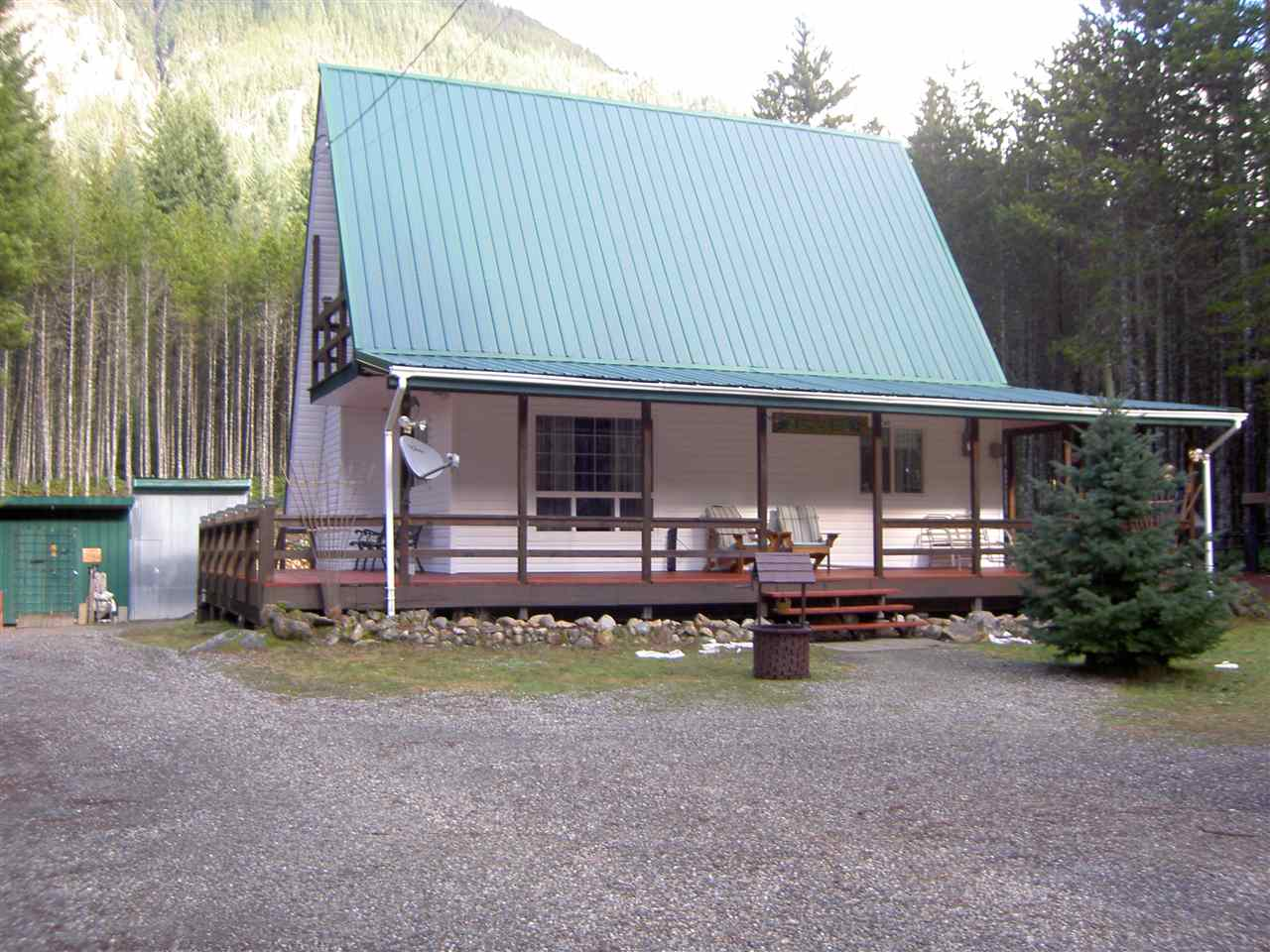 Main Photo: 5420 PAULSEN Road in Chilliwack: Chilliwack River Valley House for sale (Sardis)  : MLS(r) # R2035903