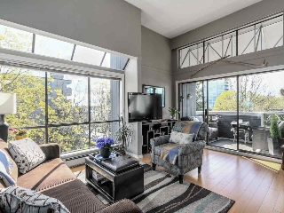 Main Photo: P3 2885 SPRUCE Street in Vancouver: Fairview VW Condo for sale (Vancouver West)  : MLS® # R2052789