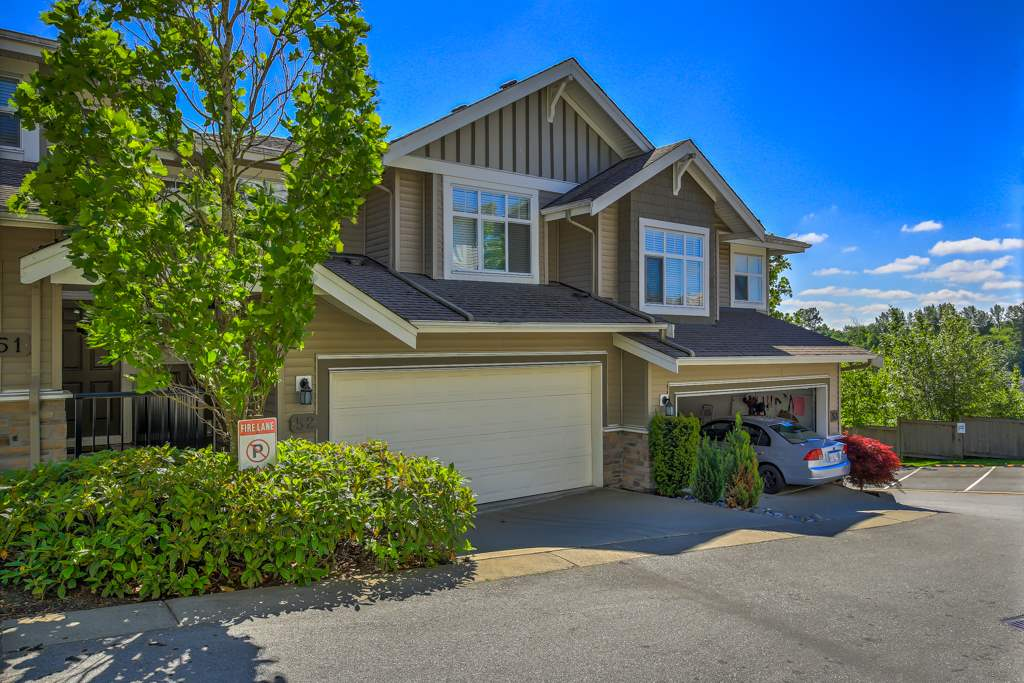 "Main Photo: 52 11282 COTTONWOOD Drive in Maple Ridge: Cottonwood MR Townhouse for sale in ""THE MEADOWS"" : MLS® # R2067223"