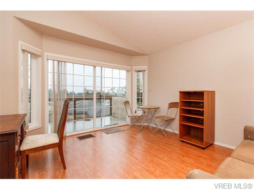 Photo 11: 33 901 Kentwood Lane in VICTORIA: SE Broadmead Townhouse for sale (Saanich East)  : MLS(r) # 371537