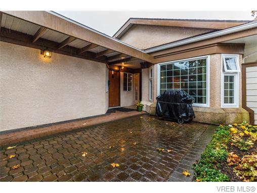 Photo 15: 33 901 Kentwood Lane in VICTORIA: SE Broadmead Townhouse for sale (Saanich East)  : MLS(r) # 371537