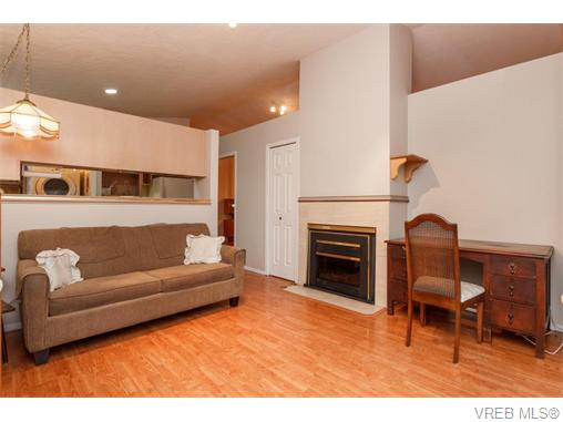 Photo 12: 33 901 Kentwood Lane in VICTORIA: SE Broadmead Townhouse for sale (Saanich East)  : MLS(r) # 371537