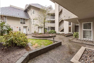 "Main Photo: 112 1570 PRAIRIE Avenue in Port Coquitlam: Glenwood PQ Townhouse for sale in ""THE VIOLAS"" : MLS(r) # R2146553"