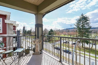 Main Photo: 413 2468 ATKINS Avenue in Port Coquitlam: Central Pt Coquitlam Condo for sale : MLS(r) # R2149708