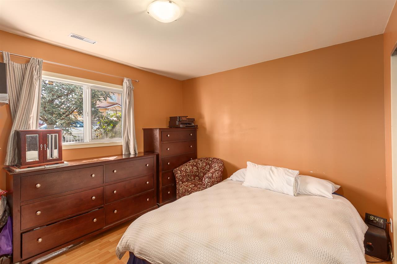 Photo 16: 4955 SOMERVILLE Street in Vancouver: Fraser VE House for sale (Vancouver East)  : MLS® # R2156818