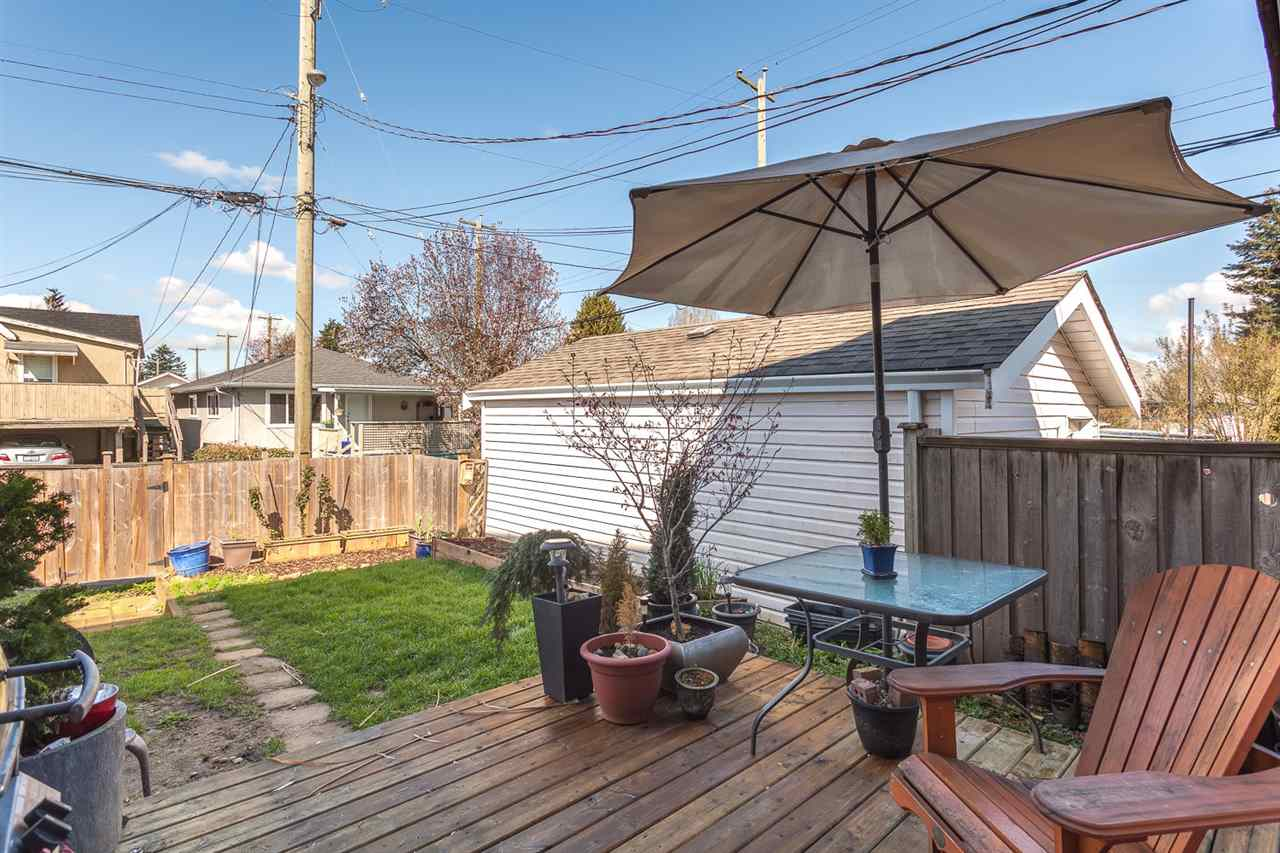 Photo 18: 4955 SOMERVILLE Street in Vancouver: Fraser VE House for sale (Vancouver East)  : MLS® # R2156818