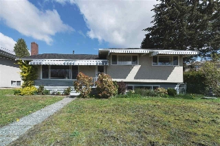 Main Photo: 7037 BROADWAY in Burnaby: Montecito House for sale (Burnaby North)  : MLS(r) # R2158545