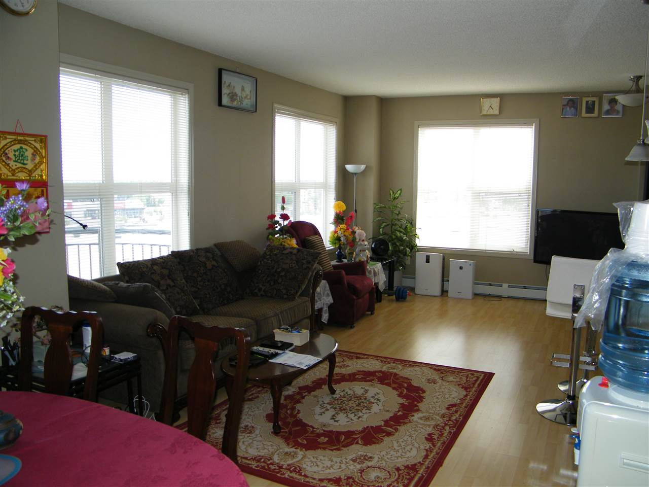Photo 10: 2-615 4245 139 Avenue in Edmonton: Zone 35 Condo for sale : MLS® # E4068635