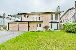 Main Photo: 9006 PRINCE CHARLES Boulevard in Surrey: Queen Mary Park Surrey House for sale : MLS(r) # R2180187