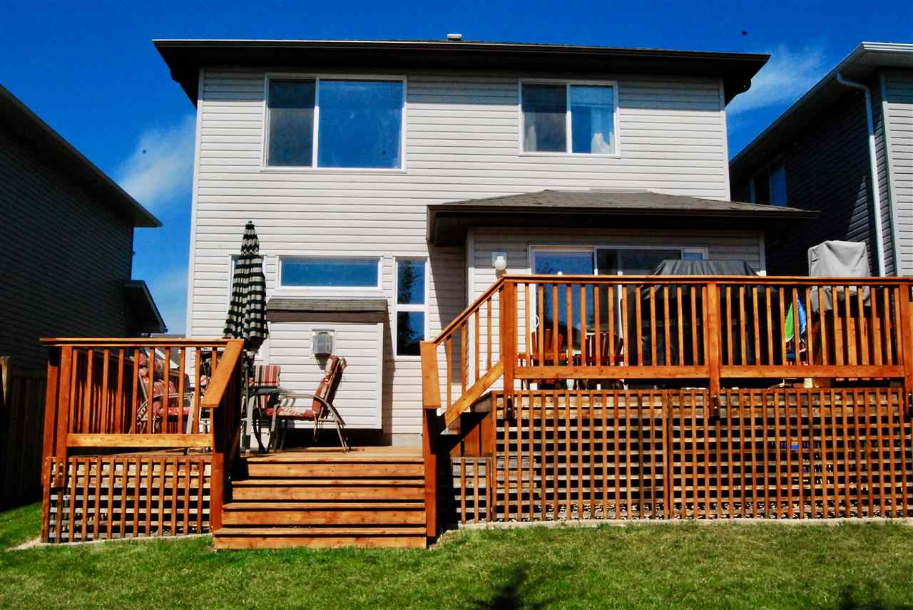 This 2-tier deck is the full width of the house!