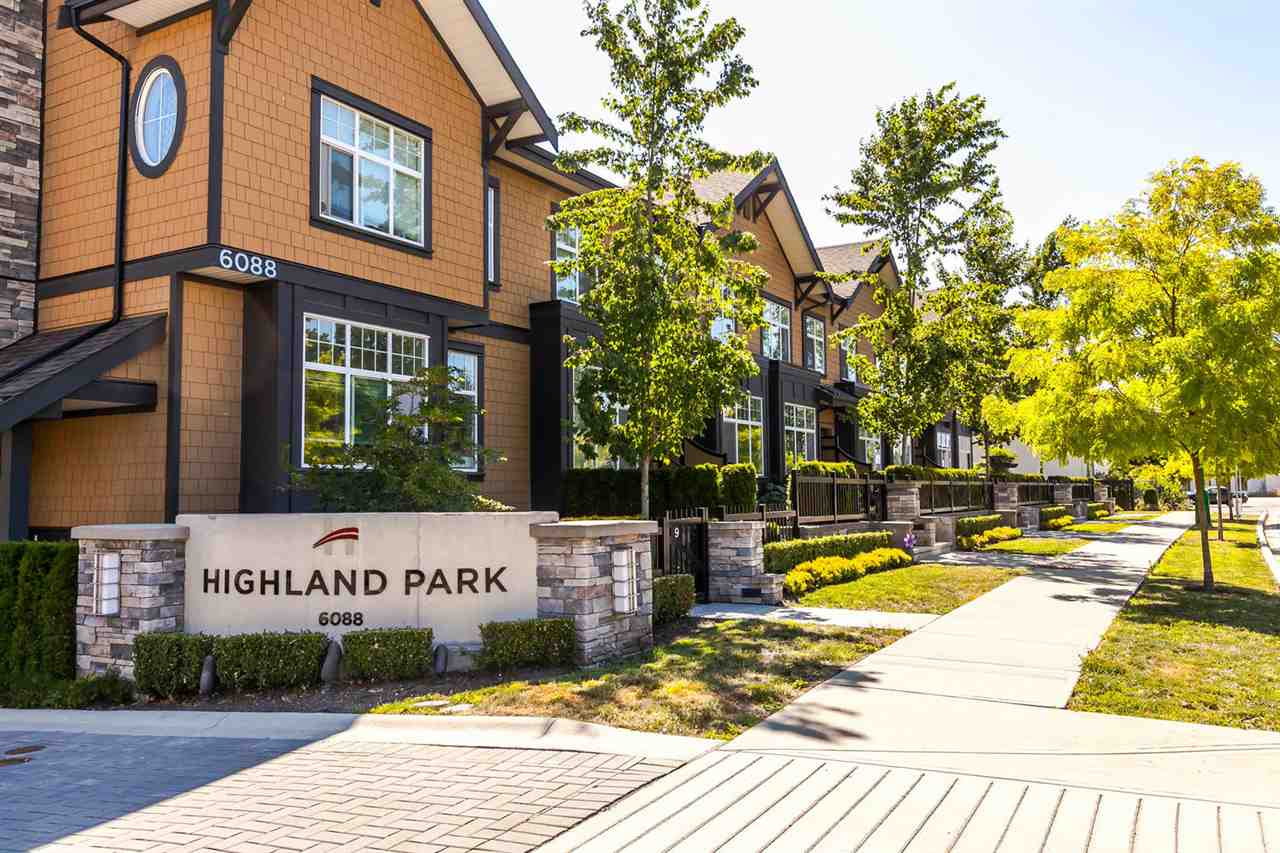 "Photo 1: 19 6088 BERESFORD Street in Burnaby: Metrotown Townhouse for sale in ""HIGHLAND PARK"" (Burnaby South)  : MLS® # R2205452"