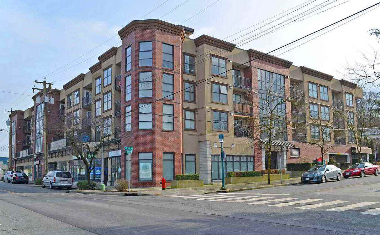 "Main Photo: 3015 84 GRANT Street in Port Moody: Port Moody Centre Condo for sale in ""THE LIGHTHOUSE"" : MLS® # R2207447"