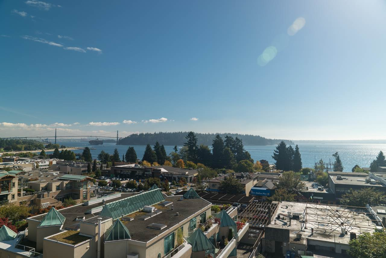 Main Photo: 502 1730 DUCHESS Avenue in West Vancouver: Ambleside Condo for sale : MLS® # R2230196