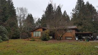 Main Photo: 41751 PETERSON Road in Squamish: Brackendale House for sale : MLS®# R2234733