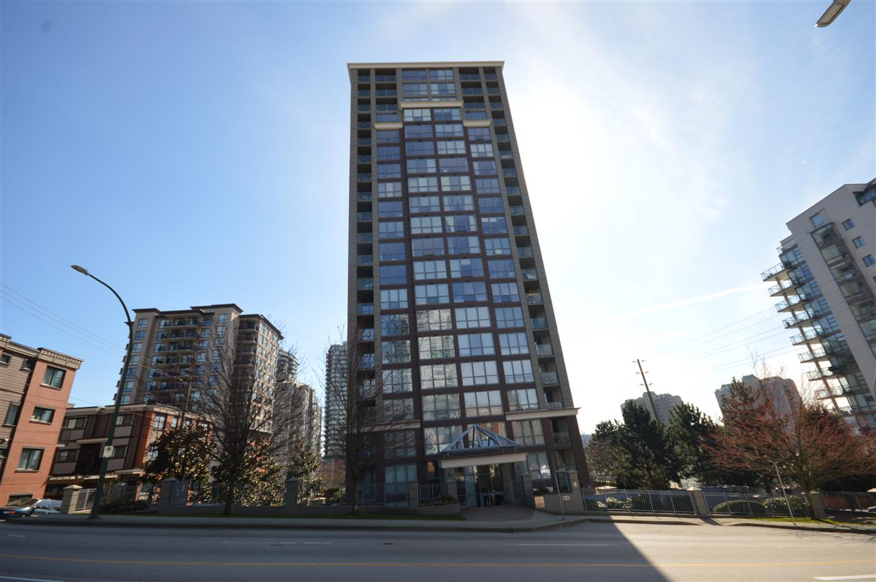 "Main Photo: 1004 850 ROYAL Avenue in New Westminster: Downtown NW Condo for sale in ""THE ROYALTON"" : MLS® # R2248889"
