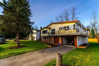 Main Photo: 12237 HINCH Crescent in Maple Ridge: East Central House for sale : MLS®# R2255346