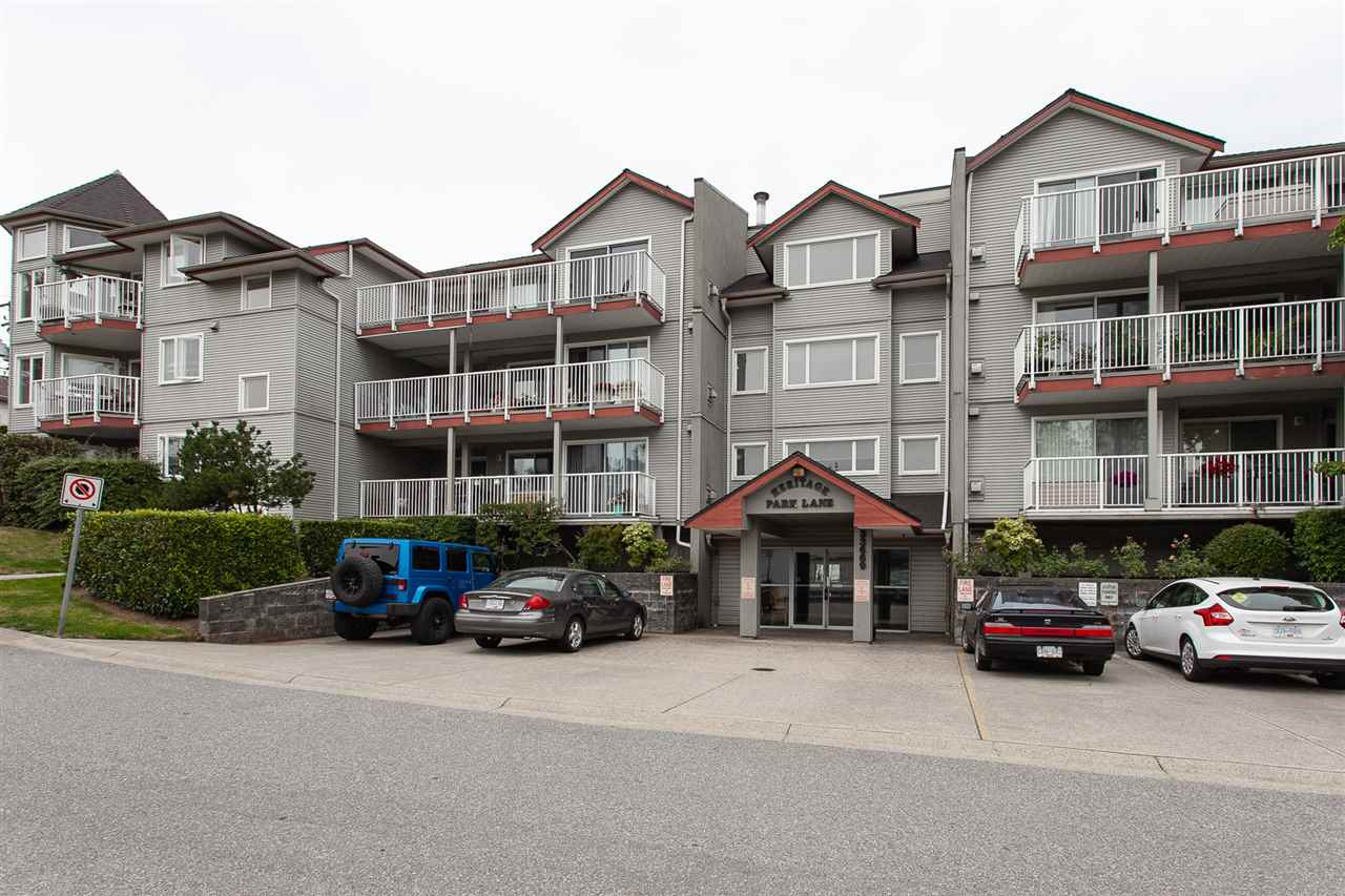 Main Photo: 306 33669 2ND Avenue in Mission: Mission BC Condo for sale : MLS®# R2289509