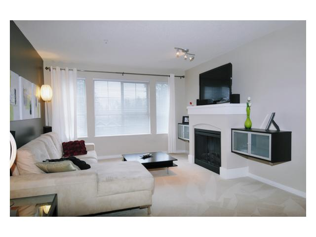 Main Photo: 213 2958 SILVER SPRINGS Boulevard in Coquitlam: Westwood Plateau Condo for sale : MLS®# V879481