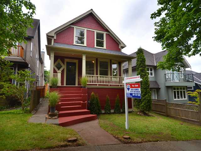 "Main Photo: 1962 E 5TH Avenue in Vancouver: Grandview VE House for sale in ""COMMERCIAL DRIVE"" (Vancouver East)  : MLS(r) # V895689"