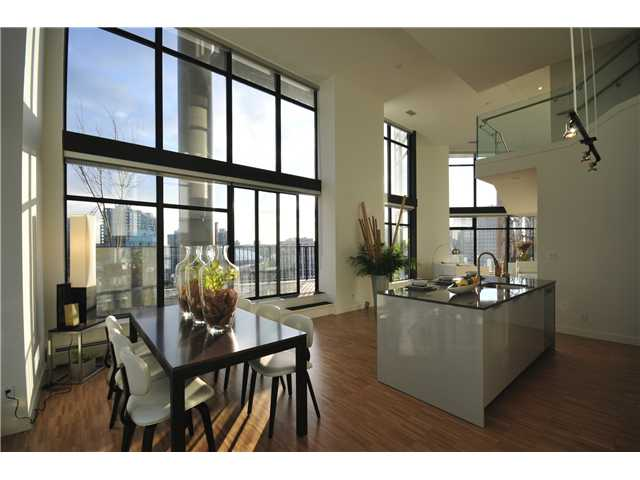 Main Photo: 2306 128 W CORDOVA Street in Vancouver: Downtown VW Condo for sale (Vancouver West)  : MLS(r) # V902976