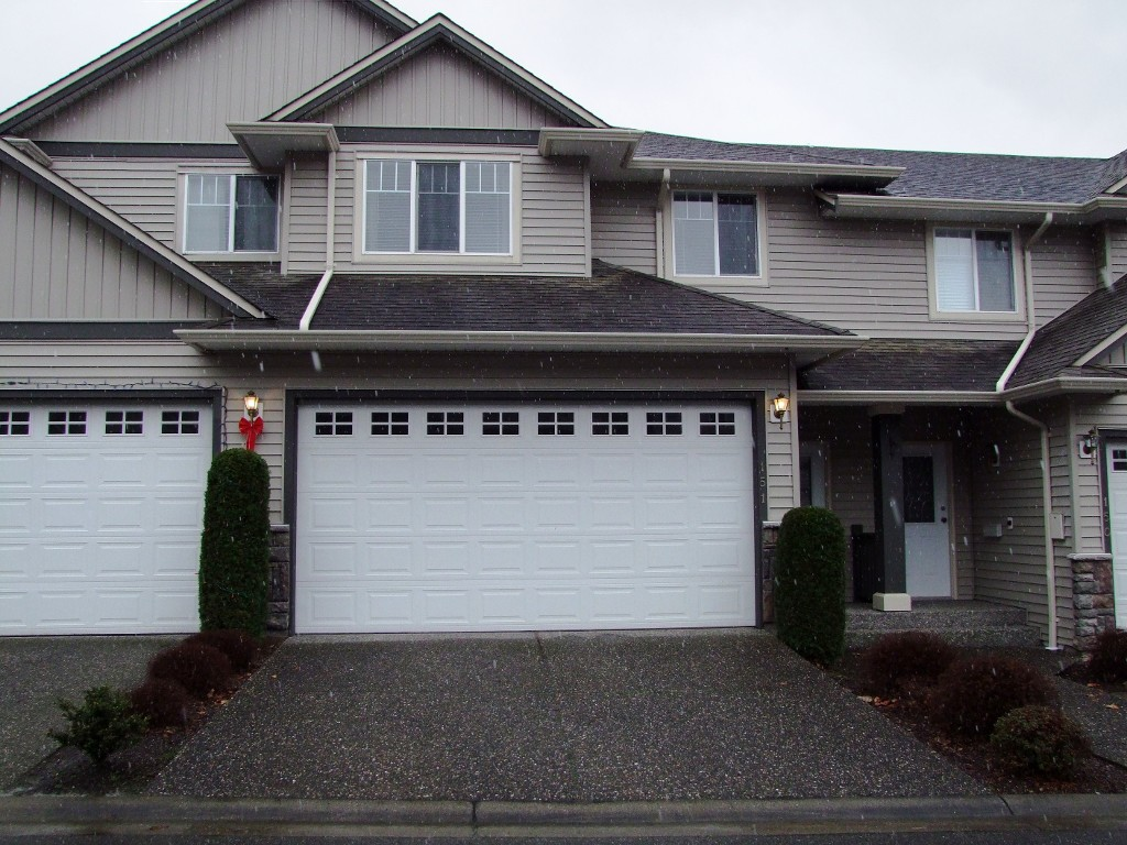 Main Photo: 151 46360 Valleyview Road in Chilliwack: Promontory Townhouse for sale (Sardis)  : MLS(r) # H1302332