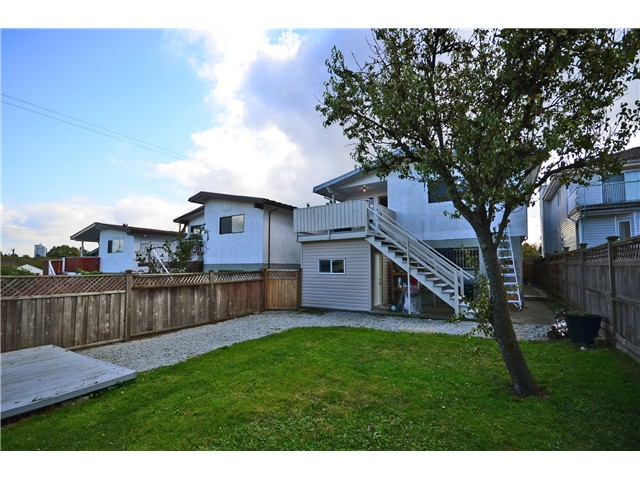 Photo 12: 1365 E 29TH AV in Vancouver: Knight House for sale (Vancouver East)  : MLS® # V1031331