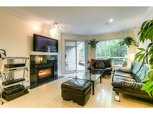 "Photo 5: 120 1252 TOWN CENTRE Boulevard in Coquitlam: Canyon Springs Condo for sale in ""The Kennedy"" : MLS® # V1070670"