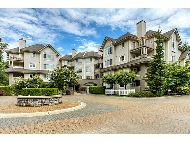 "Main Photo: 120 1252 TOWN CENTRE Boulevard in Coquitlam: Canyon Springs Condo for sale in ""The Kennedy"" : MLS(r) # V1070670"