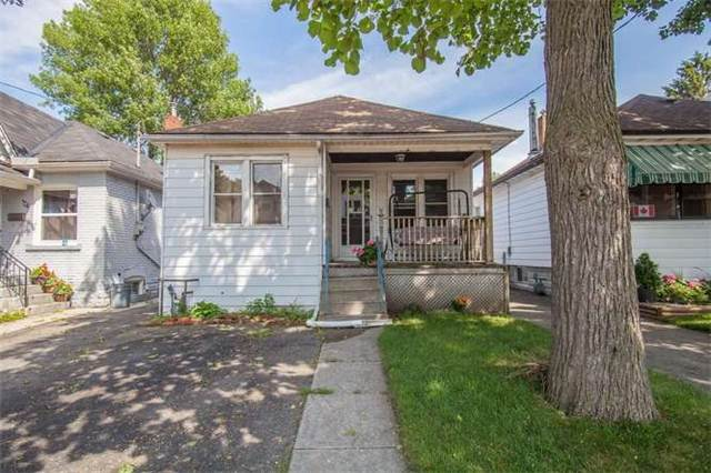 Main Photo: 50 Belview Avenue in Hamilton: Crown Point House (Bungalow) for sale : MLS(r) # X3248105