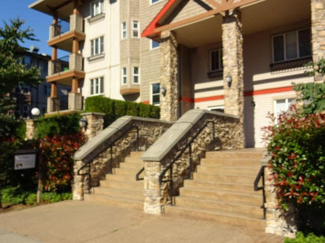 "Main Photo: 201 5438 198TH Street in Langley: Langley City Condo for sale in ""CREEKSIDE ESTATES"" : MLS® # F1447921"
