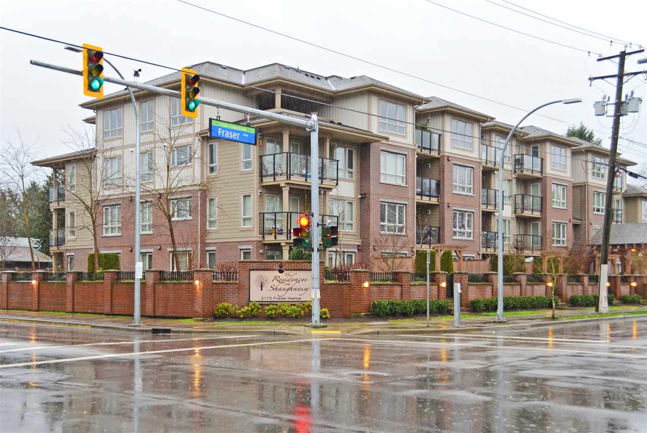 "Main Photo: 305 2175 FRASER Avenue in Port Coquitlam: Glenwood PQ Condo for sale in ""THE RESIDENCES ON SHAUGHNESSY"" : MLS® # R2037187"