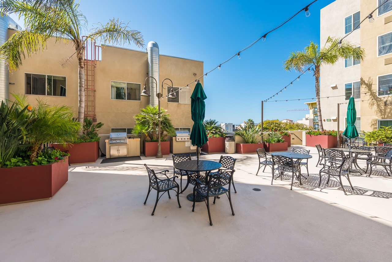 Photo 19: DOWNTOWN Condo for sale : 2 bedrooms : 1970 Columbia St #405 in San Diego