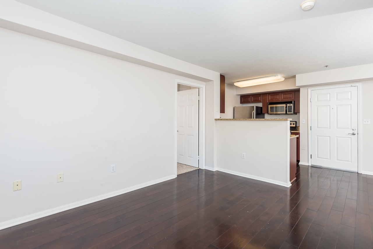 Photo 6: DOWNTOWN Condo for sale : 2 bedrooms : 1970 Columbia St #405 in San Diego