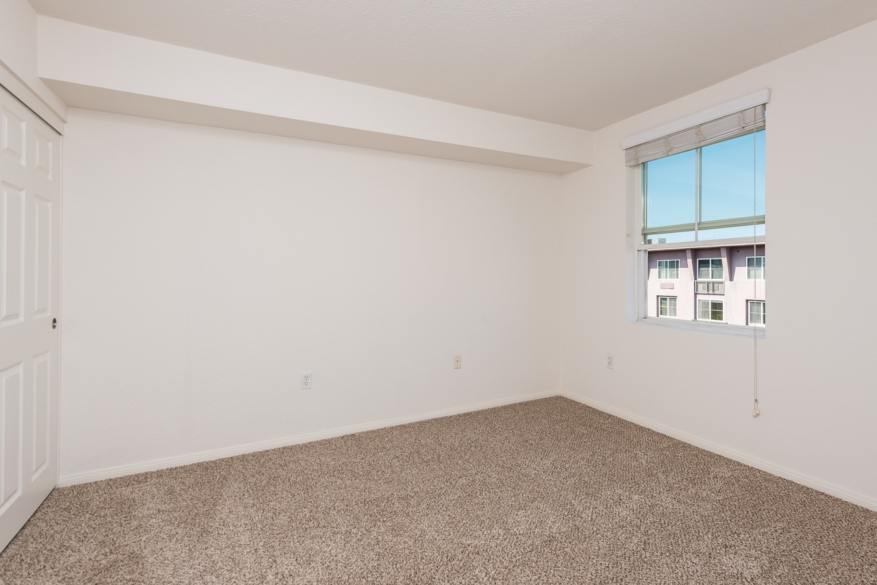 Photo 15: DOWNTOWN Condo for sale : 2 bedrooms : 1970 Columbia St #405 in San Diego