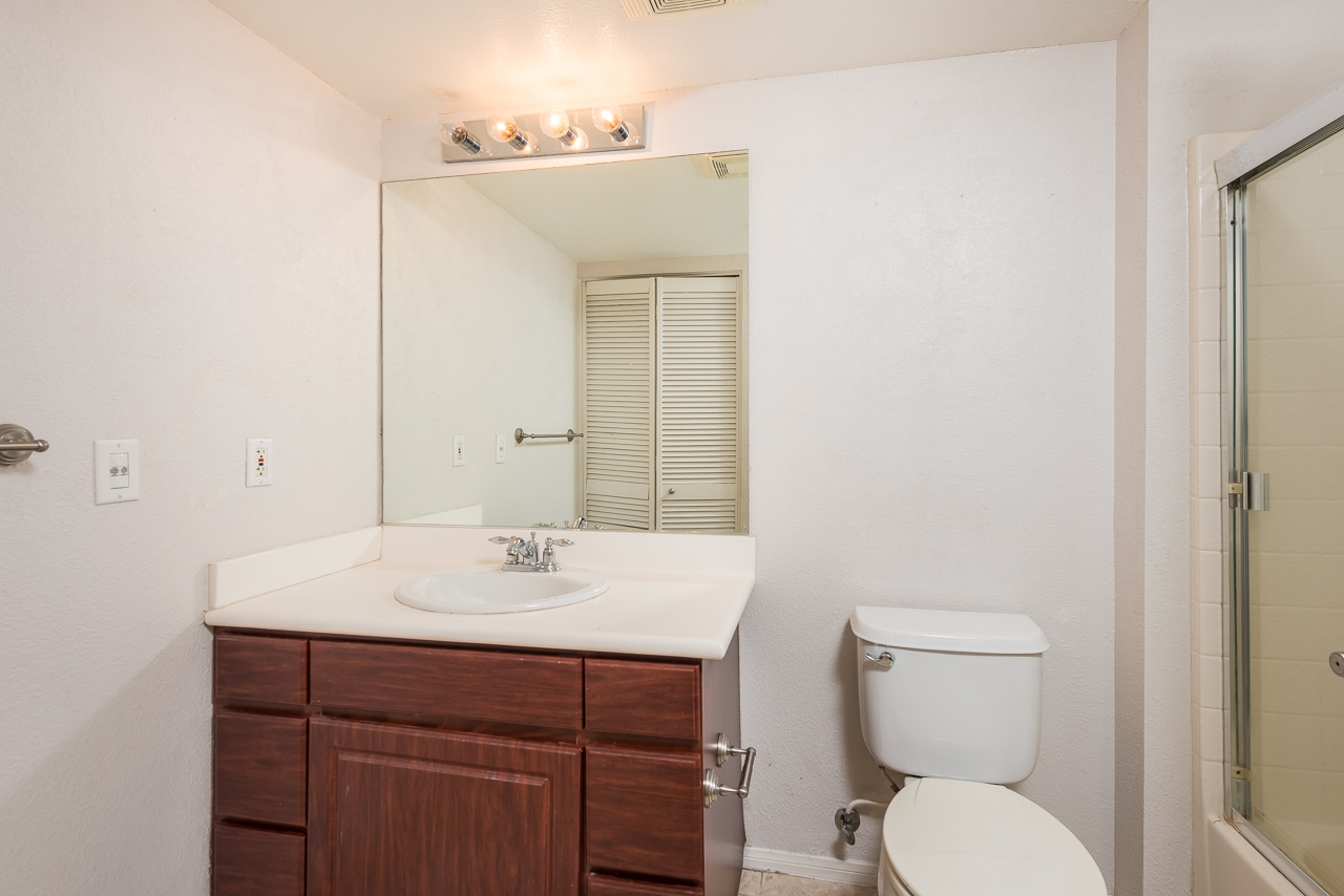 Photo 18: DOWNTOWN Condo for sale : 2 bedrooms : 1970 Columbia St #405 in San Diego