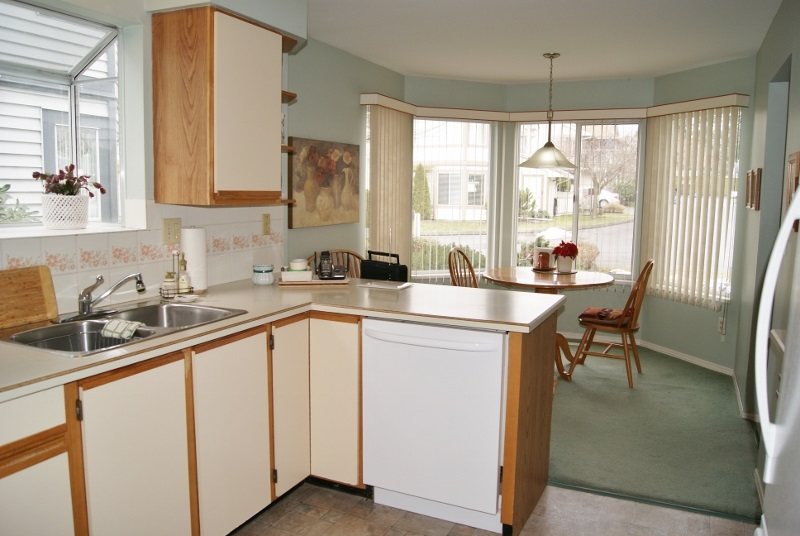 "Photo 25: 3 9251 122 Street in Surrey: Queen Mary Park Surrey Townhouse for sale in ""Kensington Gate"" : MLS(r) # R2142201"