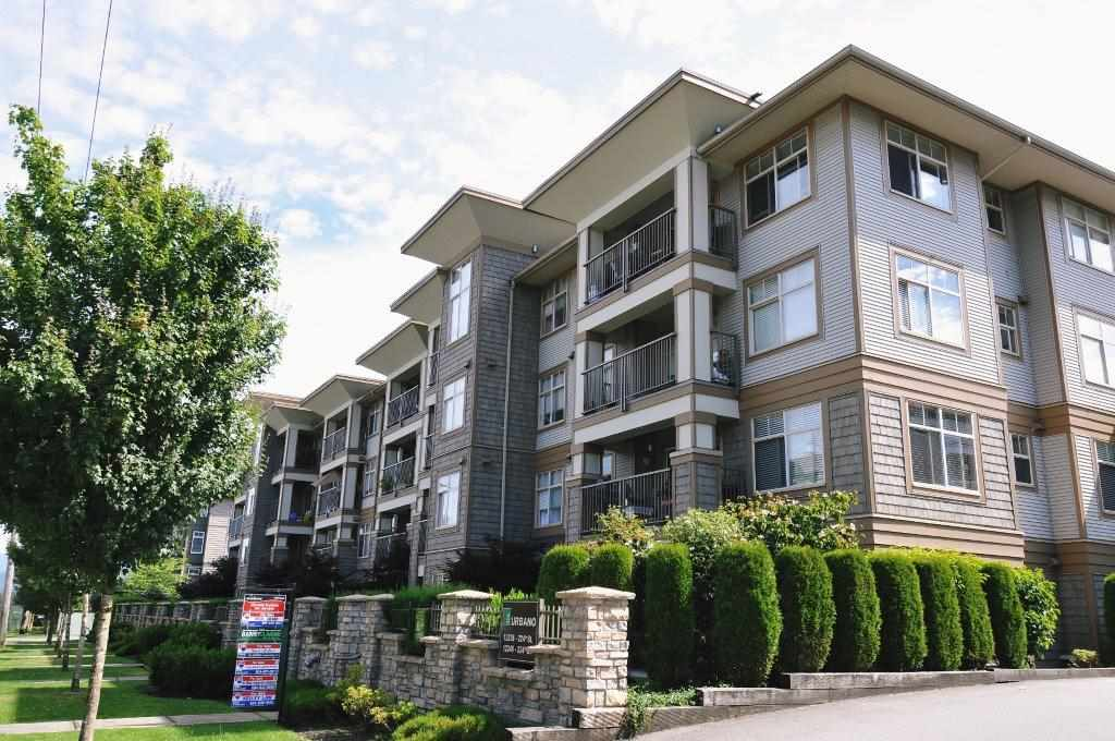 "Main Photo: 312 12238 224TH Street in Maple Ridge: East Central Condo for sale in ""URBANO"" : MLS® # R2144745"