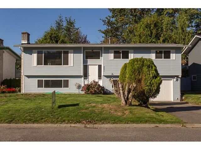 Photo 3: 2651 MACBETH Crescent in Abbotsford: Abbotsford East House for sale : MLS® # R2146427