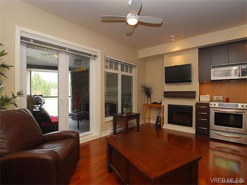 Photo 12: 209 1375 Bear Mountain Parkway in VICTORIA: La Bear Mountain Condo Apartment for sale (Langford)  : MLS® # 375427