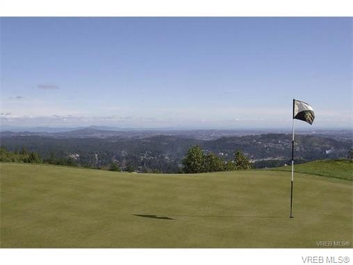 Photo 7: 209 1375 Bear Mountain Parkway in VICTORIA: La Bear Mountain Condo Apartment for sale (Langford)  : MLS® # 375427