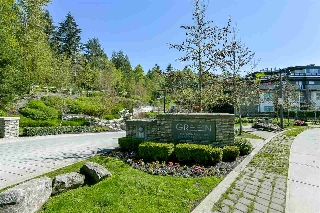 "Main Photo: 403 7428 BYRNEPARK Walk in Burnaby: South Slope Condo for sale in ""Green"" (Burnaby South)  : MLS(r) # R2163643"