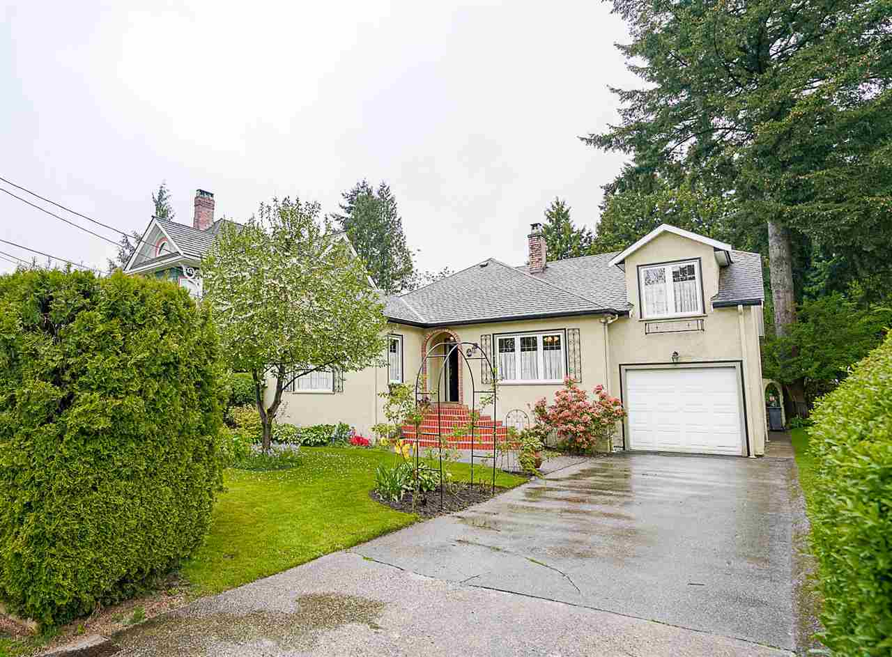 "Main Photo: 430 FOURTH Street in New Westminster: Queens Park House for sale in ""QUEENS PARK"" : MLS® # R2167312"