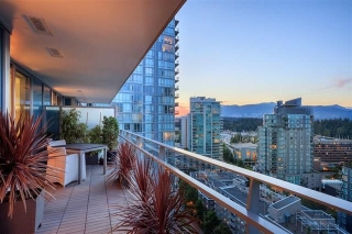 "Main Photo: 1602 1499 W PENDER Street in Vancouver: Coal Harbour Condo for sale in ""WEST PENDER PLACE"" (Vancouver West)  : MLS® # R2174689"