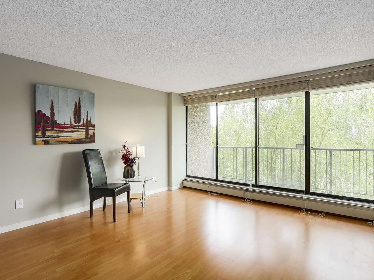 "Photo 2: 403 9320 PARKSVILLE Drive in Richmond: Boyd Park Condo for sale in ""MASTER GREEN"" : MLS® # R2175892"